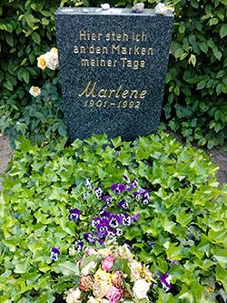 Marlene Dietrich - Cementary